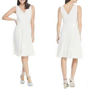 {Gal Meets Glam} Kendra V-Neck Fit & Flare Dress